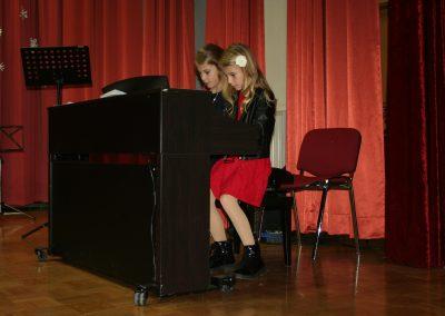 Praznični koncert na Mirni
